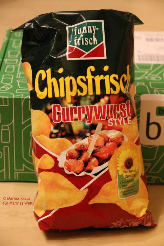 Chips Currywurst