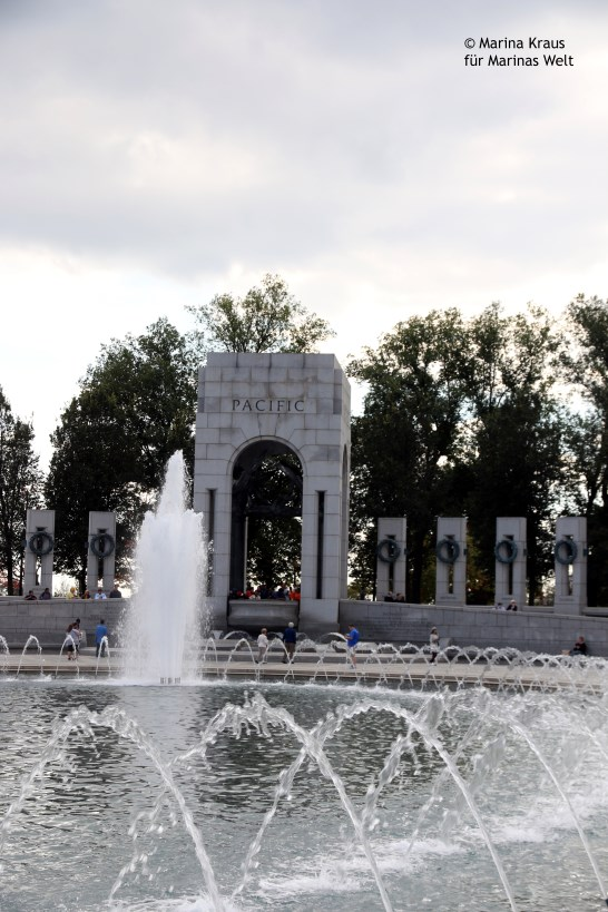 Washington_World War II Memorial_02